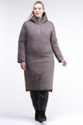 Оптом Куртка зимняя женская удлиненная коричневого цвета 112-919_48K в  Красноярске