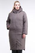 Оптом Куртка зимняя женская удлиненная коричневого цвета 112-919_48K в  Красноярске, фото 2