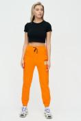 Оптом Штаны джоггеры женские оранжевого цвета 1312O в Екатеринбурге, фото 2