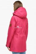 Оптом Куртка парка зимняя женская малинового цвета 18113М в Екатеринбурге, фото 5