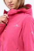 Оптом Ветровка softshell женская малинового цвета 1816-1M в Казани, фото 4
