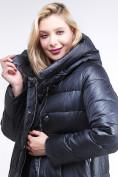 Оптом Куртка зимняя женская молодежная темно-синего цвета 191923_02TS в Казани, фото 6
