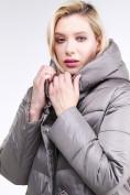 Оптом Куртка зимняя женская молодежная серого цвета 191923_30Sr в Казани, фото 6