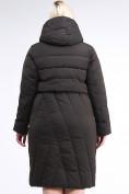 Оптом Куртка зимняя женская классическая одеяло коричневого цвета 191949_09K в  Красноярске, фото 5