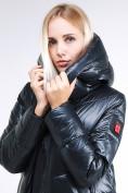 Оптом Куртка зимняя женская молодежная темно-зеленого цвета 1969_03TZ в  Красноярске, фото 7