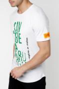 Оптом Мужская футболка с надписью белого цвета 221146Bl в Екатеринбурге, фото 3