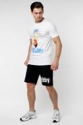 Оптом Мужские футболки с принтом белого цвета 221418Bl в Екатеринбурге, фото 2