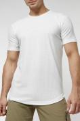 Оптом Мужская футболка однотонная белого цвета 221487Bl в Екатеринбурге