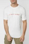Оптом Мужская футболка с надписью белого цвета 222006Bl в Екатеринбурге, фото 2