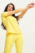 Оптом Спортивная футболка поло женская желтого цвета 33412J, фото 6