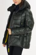 Оптом Куртка зимняя big size болотного цвета 72117Bt в Екатеринбурге, фото 15