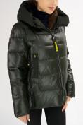 Оптом Куртка зимняя big size болотного цвета 72117Bt в Екатеринбурге, фото 9