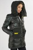Оптом Куртка зимняя болотного цвета 7501Bt в Екатеринбурге, фото 11