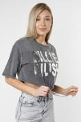 Оптом Топ футболка женская серого цвета 76008Sr в Екатеринбурге, фото 13