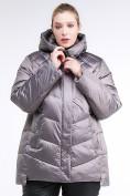 Оптом Куртка зимняя женская стеганная коричневого цвета 85-923_48K в Екатеринбурге, фото 2