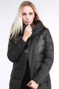 Оптом Куртка зимняя женская молодежная стеганная темно-серого цвета 870_13TC в Казани, фото 7