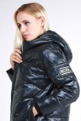 Оптом Куртка зимняя женская молодежная темно-зеленого цвета 9131_03TZ в Казани, фото 7
