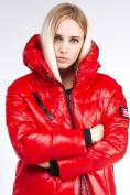 Оптом Куртка зимняя женская молодежная красного цвета 9131_14Kr в Казани, фото 7