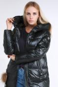 Оптом Куртка зимняя женская молодежное темно-зеленого цвета 9175_13TZ в  Красноярске, фото 7