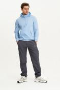 Оптом Анорак ветровка Valianly мужская голубого цвета 93430Gl в Казани, фото 7